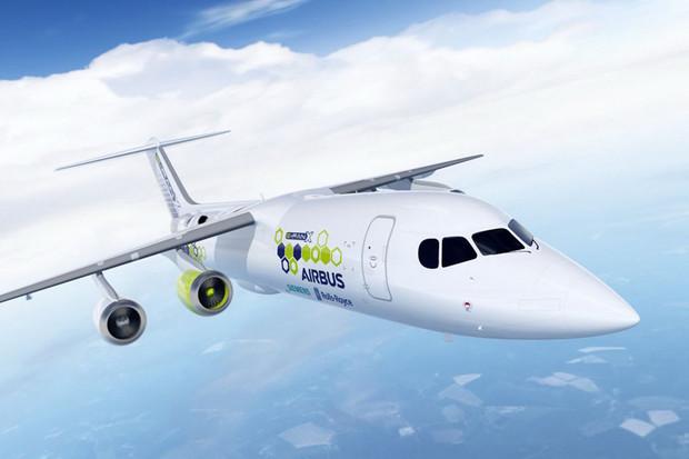 Uzrála doba na hybridní letadla? Airbus, Siemens a Rolls-Royce věří že ano