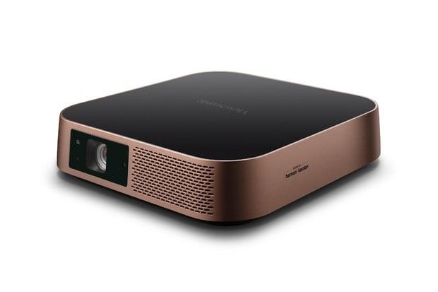 Ultratenký LED projektor ViewSonic M2 přichází do prodejen