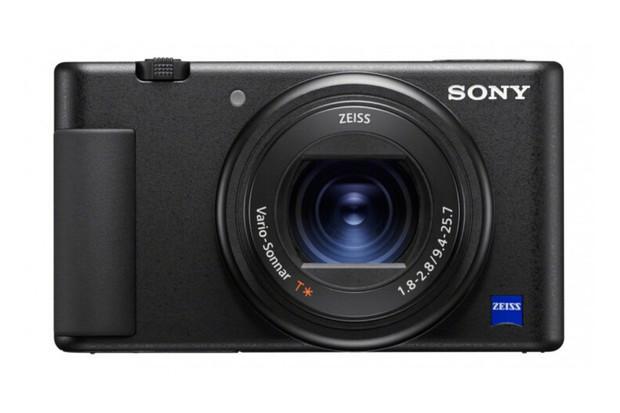 Kompaktní novinka Sony ZV-1 s otočným displejem cílí na vlogery a tvůrce obsahu