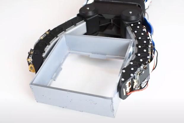 Roboti se na MIT učí jemnosti