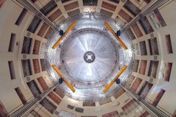 Tokamak ITER neboli umělé Slunce, které řeší klimatickou krizi