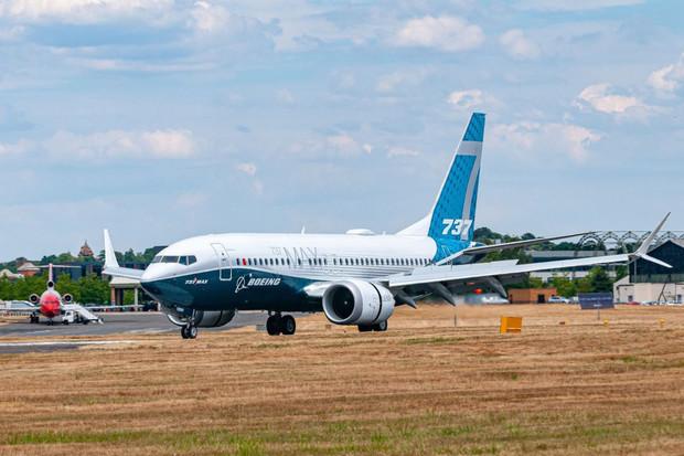 V roce 2030 budou letadla od Boeingu poháněna 100% udržitelným palivem