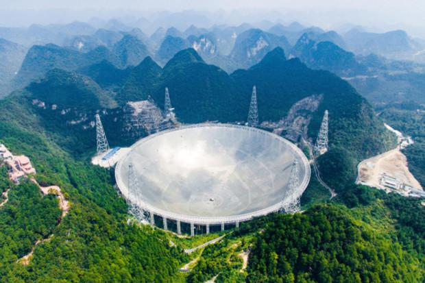 Čínský 500metrový teleskop FAST bude dostupný pro vědce z celého světa