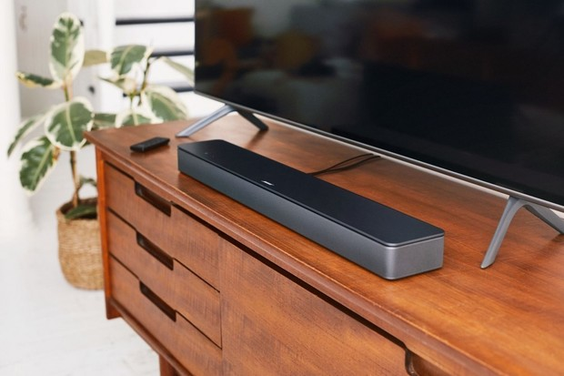Bose na našem trhu představuje Smart Soundbar 300 pro chytré ozvučení