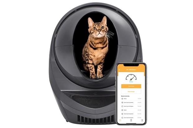 Neradi uklízíte po kočkách? Tento robot to udělá za vás