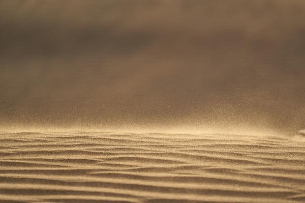 Saharský písek zbarvil střední Evropu do oranžova