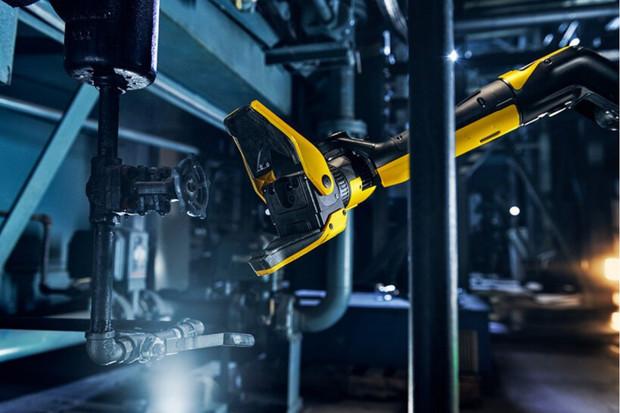 Nový robot od Boston Dynamics má jednu ruku navíc