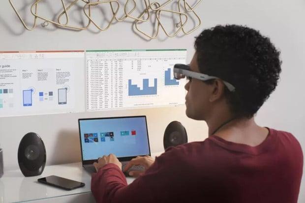 Díky novým AR brýlím od Qualcommu se můžete dívat na holografický displej