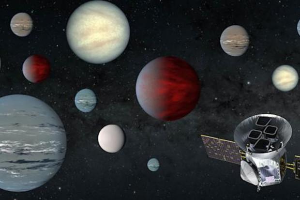 Teleskop TESS objevil 2 200 potenciálních exoplanet, říká NASA
