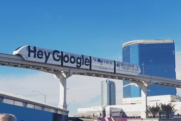 Někteří zaměstnanci Googlu se budou moci do kanceláří vrátit již v dubnu