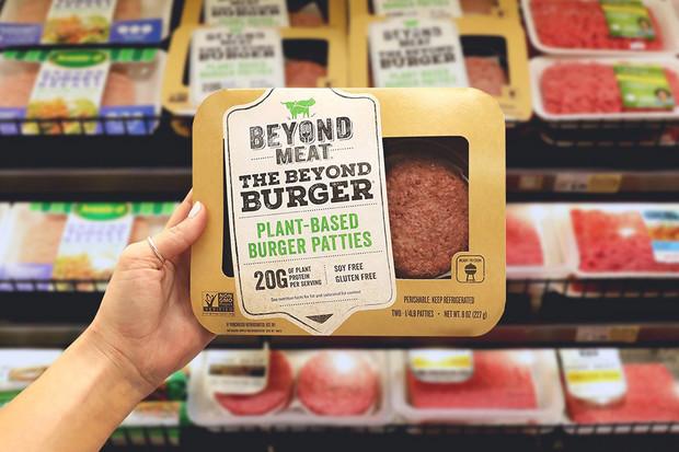 Beyond Meat uvádí na trh nový bezmasý hamburger