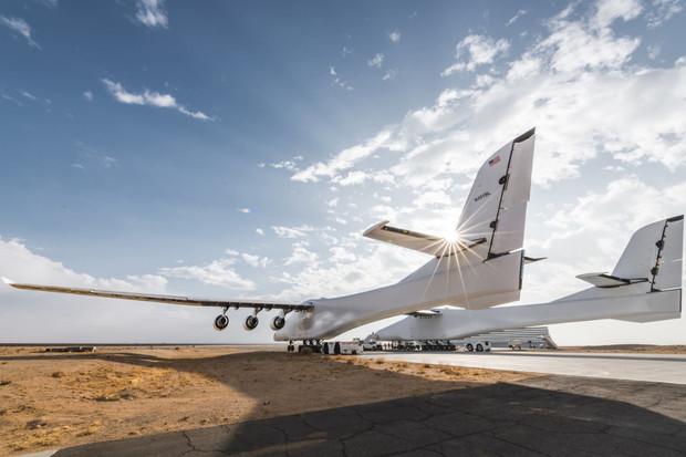 Největší letadlo na světě má za sebou druhý úspěšný let