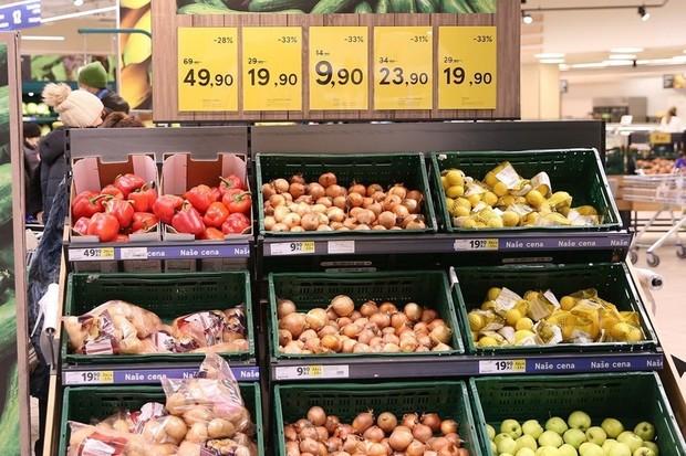 Tesco chce v ČR do roku 2025 ztrojnásobit prodej rostlinných alternativ masa