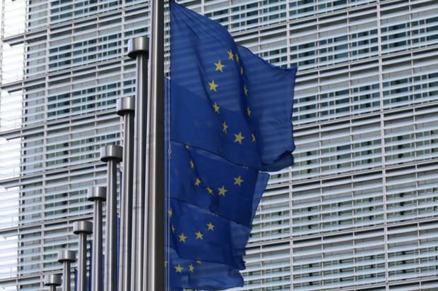 Evropská unie chce zavést jednotnou mobilní peněženku